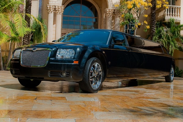 Chrysler 300 limo interior Tulsa