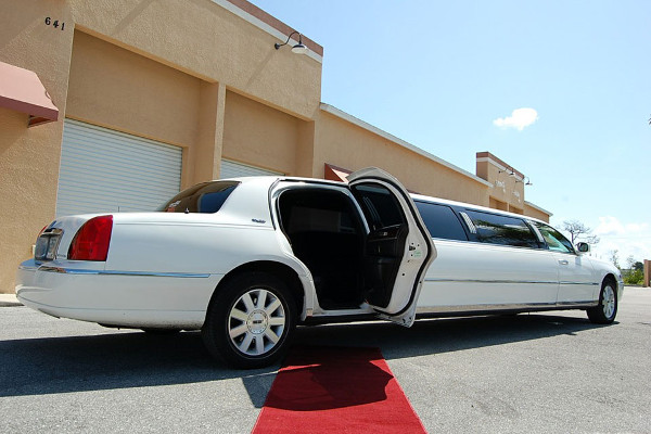 wedding transportation limo service tulsa